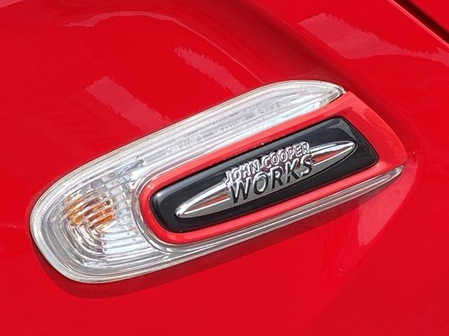 ジョンクーパーワークス 6速マニュアル車 1オーナー 純正HDDナビ ヘッドアップディスプレイ クルーズコントロール スポーツモード サイドデカール(36枚目)