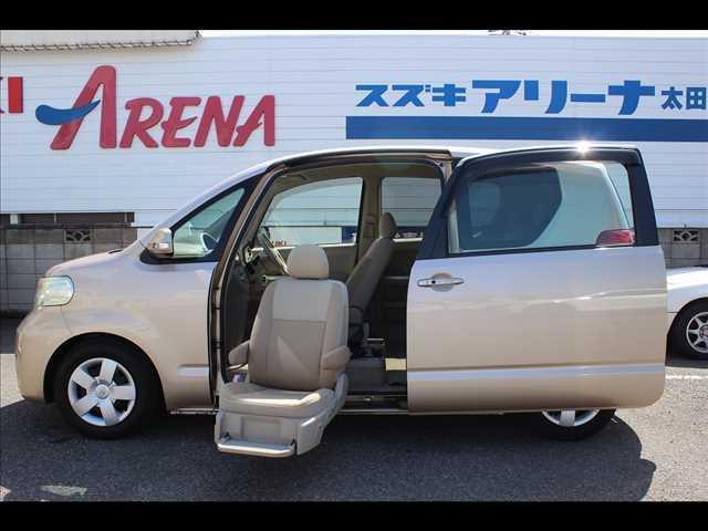 トヨタ  助手席リフトアップシート車 非課税 福祉車両 Aタイプ 150r ナビ TV ETC Bカメラ キーレス フル装備 エアコン パワステ