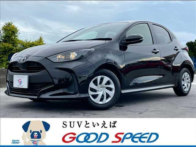 沖縄の中古車 トヨタ ヤリス 車両価格 125.8万円 リ済別 2020(令和2)年 1.2万km ブラック