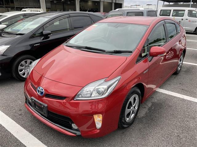 沖縄の中古車 トヨタ プリウス 車両価格 121万円 リ済別 2013(平成25)年 4.2万km アカ