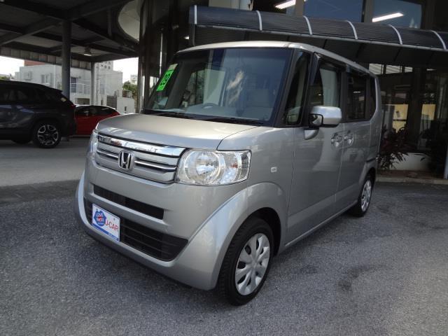 沖縄の中古車 ホンダ N-BOX 車両価格 99万円 リ済別 2017(平成29)年 3.1万km シルバー