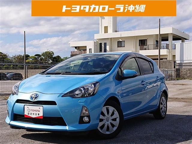 沖縄の中古車 トヨタ アクア 車両価格 80万円 リ済別 2013(平成25)年 4.8万km アオ