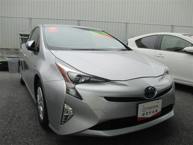 沖縄の中古車 トヨタ プリウス 車両価格 165万円 リ済別 2017(平成29)年 5.5万km シルバー