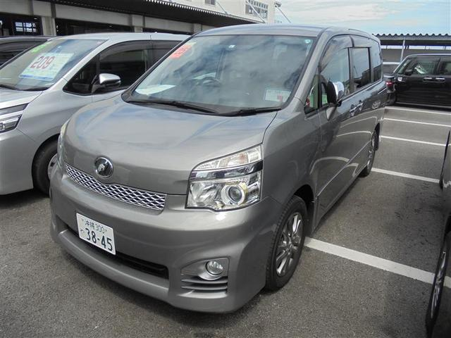 沖縄の中古車 トヨタ ヴォクシー 車両価格 126.5万円 リ済別 2013(平成25)年 7.2万km グレー
