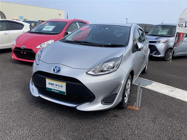 沖縄の中古車 トヨタ アクア 車両価格 179万円 リ済別 2020(令和2)年 0.5万km シルバー
