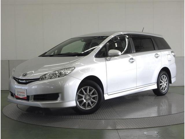 トヨタ 1.8X 4WD ミュージックプレイヤー接続可 乗車定員7人 3列シート