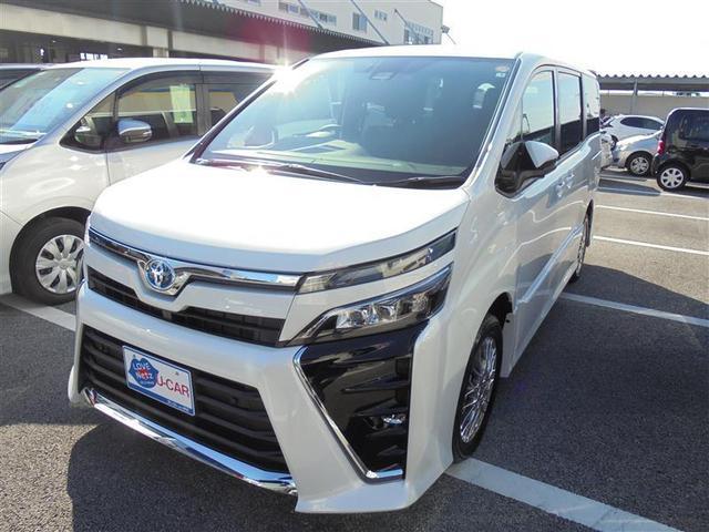 ヴォクシー(沖縄 中古車) 色:パールマイカ 価格:330万円 年式:2021(令和3)年 走行距離:0.4万km