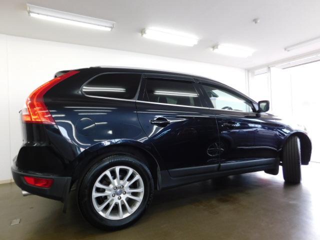 T6 SE AWD 黒革 シートヒーター パノラマルーフ(10枚目)