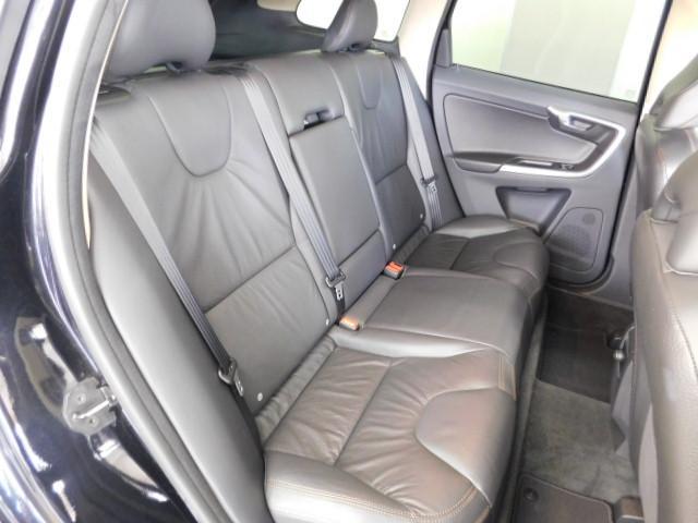 T6 SE AWD 黒革 シートヒーター パノラマルーフ(17枚目)