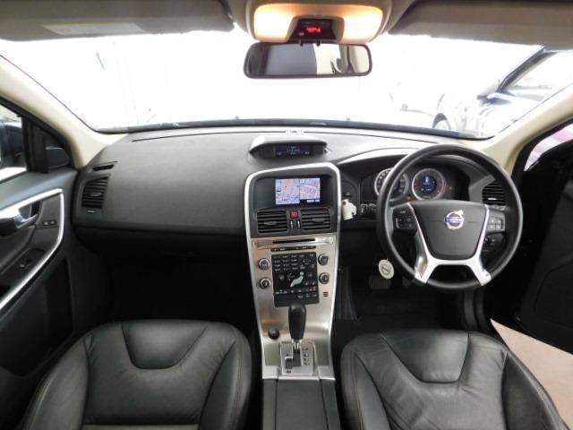 T6 SE AWD 黒革 シートヒーター パノラマルーフ(18枚目)