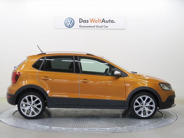 Volkswagen認定中古車 ナビTV 禁煙車 HID(4枚目)