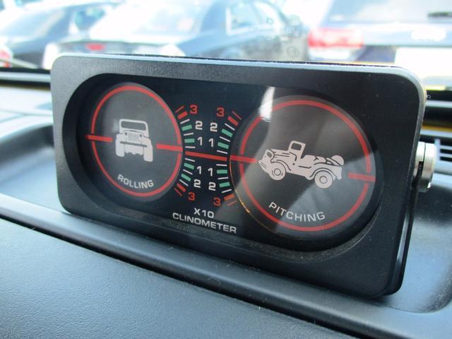 クライスラー・ジープ クライスラージープ ラングラー スポーツ リフトアップ・MTタイヤ・オーバーフェンダー