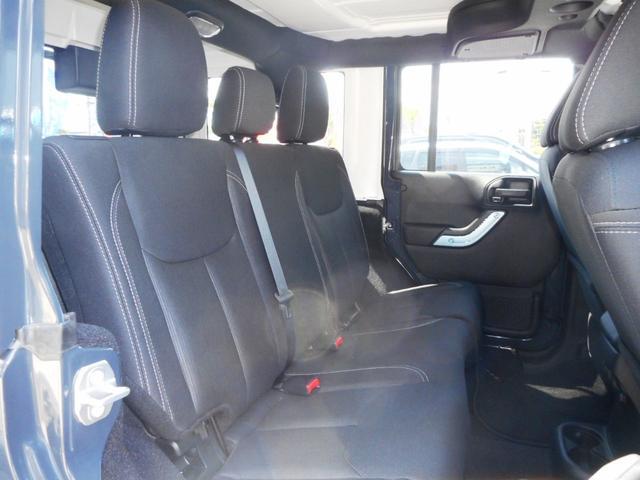 クライスラー・ジープ クライスラージープ ラングラーアンリミテッド サハラ パートタイム4WD サブウーファー 登録済未使用車