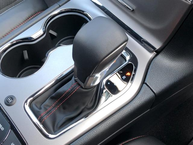 トレイルホーク 弊社試乗車 特別仕様車 衝突軽減ブレーキ ハーフレザー エアサス フルセグナビ アップルカープレイ アダプティブクルーズ レーンセンス バックカメラ ETC2.0 ブラインドスポットモニター(15枚目)