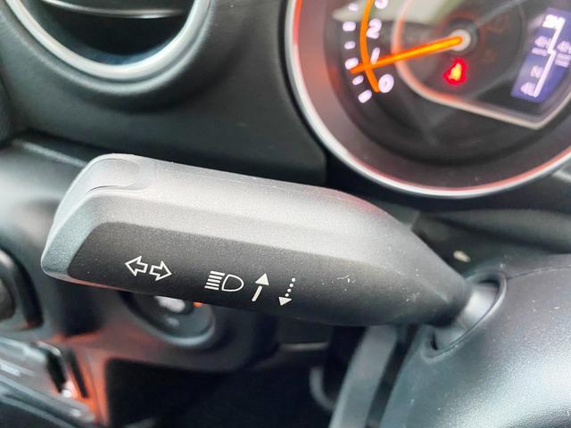 サハラ 1オーナー 禁煙車 衝突軽減ブレーキ レザー フルセグナビ LEDライト アダプティブクルーズ バックカメラ ETC2.0 前後ドライブレコーダー ブラインドスポットモニター 純正18インチAW(24枚目)