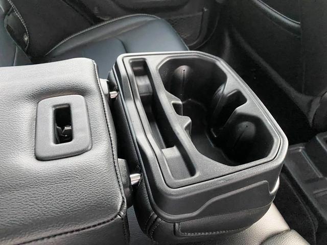 サハラ 1オーナー 禁煙車 衝突軽減ブレーキ レザー フルセグナビ LEDライト アダプティブクルーズ バックカメラ ETC2.0 前後ドライブレコーダー ブラインドスポットモニター 純正18インチAW(46枚目)