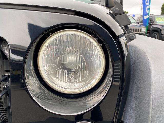 スポーツ 禁煙車 フルセグナビ クルーズコントロール パートタイム4WD バックカメラ ETC サイドカメラ フリーダムトップ クロームフューエルカバー 純正17インチアルミホイール キーレスエントリー(56枚目)