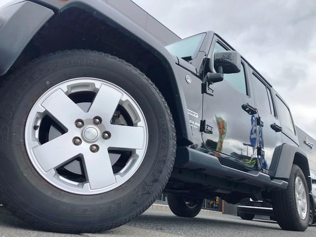 スポーツ 1オーナー 禁煙車 フルセグナビ クルーズコントロール パートタイム4WD バックカメラ ETC 背面ハードタイヤカバー サイドカメラ フリーダムトップ 純正17インチアルミホイール キーレス(20枚目)