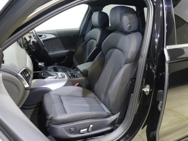 最適なポジションを記憶するドライバーズシートは、常に車との緊密な一体感を味わうことができます