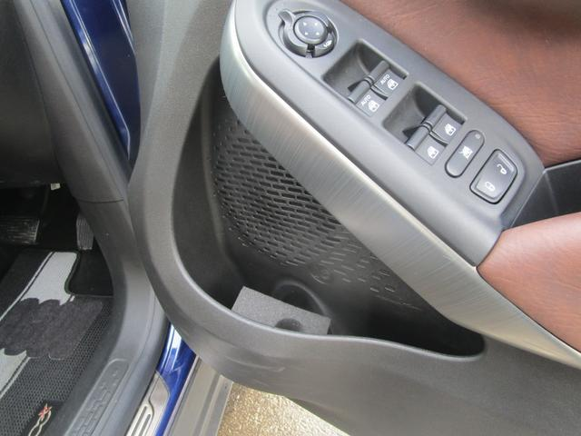 クロス プラス 4WD 電動茶革 キセノン Bカメラ ETC(18枚目)