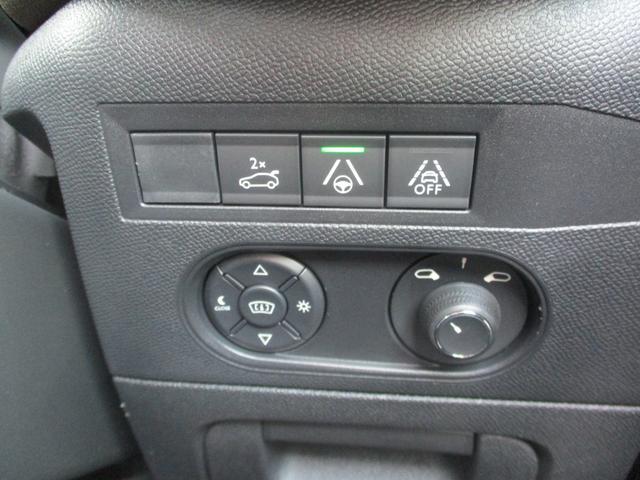 「シトロエン」「シトロエン DS3クロスバック」「SUV・クロカン」「北海道」の中古車30