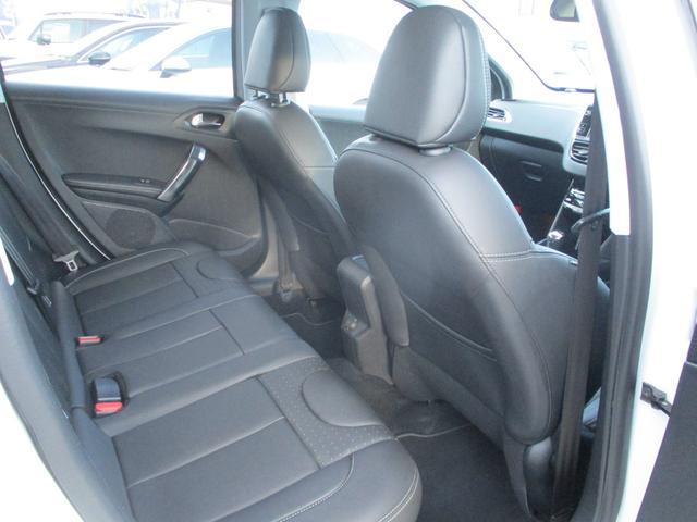 「プジョー」「2008」「SUV・クロカン」「北海道」の中古車12