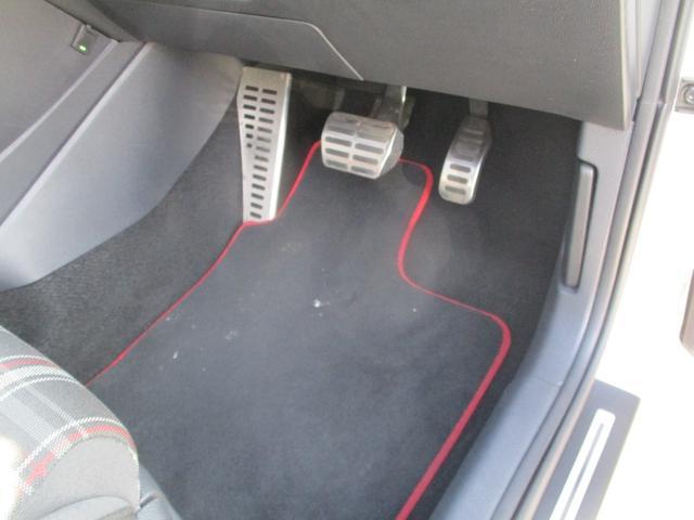 GTI フルセグナビ キセノン バックソナー ETC 純正17AW キーレス ミュージックプレイヤー接続 Bluetooth接続(40枚目)