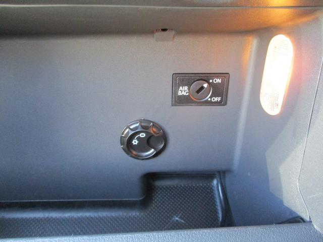 TSI コンフォートライン アップグレードPKG フルセグナビ キセノン クルーズコントロール ETC 3列シート オートライト キーレス Bluetooth接続(47枚目)