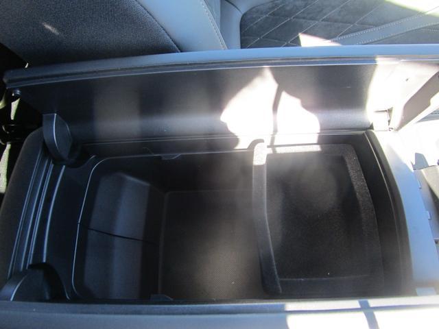 GT ブルーHDi LEDライト・バックカメラ・アクティブクルコン・レーンアシスト・衝突軽減ブレーキ・電動テールゲート・アクティブブラインドスポット・オートハイビーム・FRソナー・純正18AW・Carplay(41枚目)