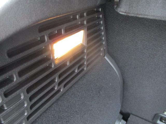 クロス プラス 電動茶革シート フルセグナビ キセノン バックカメラ シートヒーター クルーズコントロール ETC 純正18AW スマートキー バックソナー Bluetooth接続(60枚目)