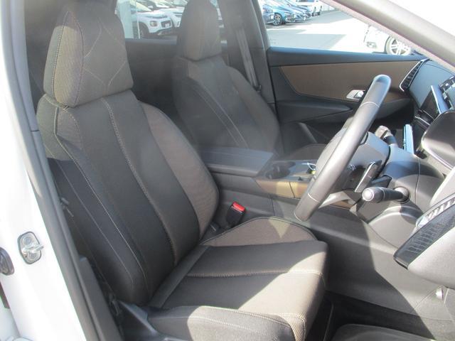 ソーシック BlueHDi パッケージ装着車 フルセグナビ LEDライト Gコントロール 衝突軽減ブレーキ レーンアシスト アクティブクルーズ 電動ゲート シートヒーター 純正18AW スマートキー ETC2.0(11枚目)