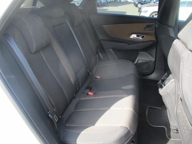 ソーシック BlueHDi パッケージ装着車 フルセグナビ LEDライト Gコントロール 衝突軽減ブレーキ レーンアシスト アクティブクルーズ 電動ゲート シートヒーター 純正18AW スマートキー ETC2.0(13枚目)