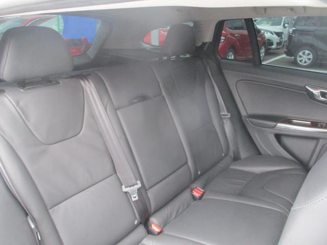 T6 AWD 電動黒革 フルセグナビ キセノン Bカメラ 衝突軽減ブレーキ シートヒーター クルーズコントロール バックソナー ETC スマートキー Bluetooth接続(13枚目)