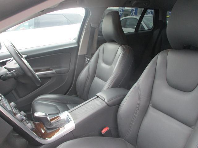 T6 AWD 電動黒革 フルセグナビ キセノン Bカメラ 衝突軽減ブレーキ シートヒーター クルーズコントロール バックソナー ETC スマートキー Bluetooth接続(15枚目)