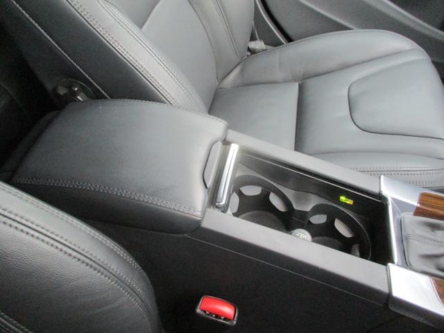 T6 AWD 電動黒革 フルセグナビ キセノン Bカメラ 衝突軽減ブレーキ シートヒーター クルーズコントロール バックソナー ETC スマートキー Bluetooth接続(38枚目)