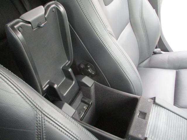 T6 AWD 電動黒革 フルセグナビ キセノン Bカメラ 衝突軽減ブレーキ シートヒーター クルーズコントロール バックソナー ETC スマートキー Bluetooth接続(40枚目)