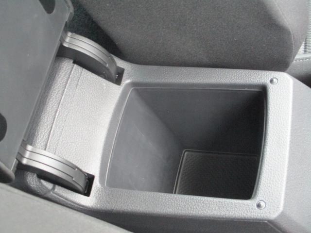 TSIコンフォートライン 後期モデル 9.2インチ純正フルセグナビ LEDライト Bカメラ 衝突軽減ブレーキ レーンアシスト ACC スマートキー ETC2.0 Bluetooth接続 ミュージックサーバー(33枚目)