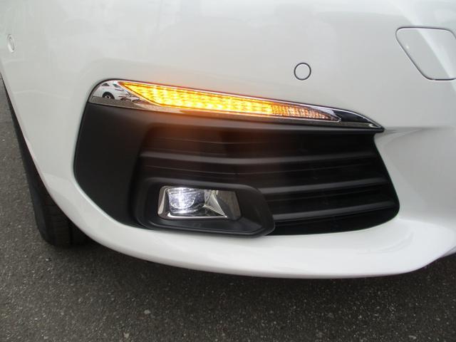 SW ロードトリップ ブルーHDi LEDライト・ガラスルーフ・バックカメラ・衝突軽減ブレーキ・アクティブクルコン・パークアシスト・アクティブブラインドスポットモニター・レーンアシスト・FRソナー・スマートキー・純正16AW(52枚目)