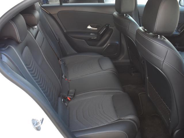A180 スタイル MercedesBenz認定中古車(9枚目)
