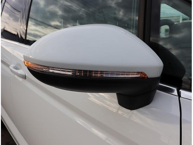 フォルクスワーゲン VW ゴルフトゥーラン TSI Highline ワンオーナー 純正ナビ 禁煙車