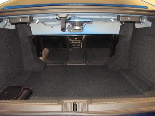 アルファロメオ アルファロメオ ジュリア ヴェローチェ 4WD シートヒーター バックカメラ ターボ