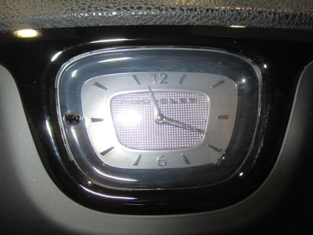 アナログの時計がなんだかとても新鮮ですね