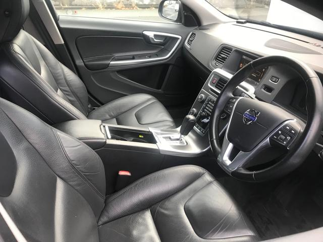 T6 AWD SE 黒革 フルセグナビ キセノン ACC(9枚目)