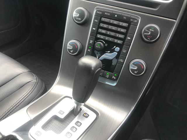 T6 AWD SE 黒革 フルセグナビ キセノン ACC(13枚目)