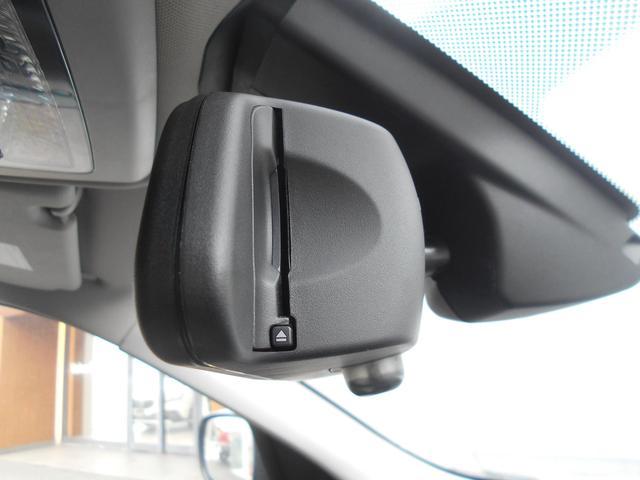 BMW純正ルームミラー一体型ETC車載器搭載。