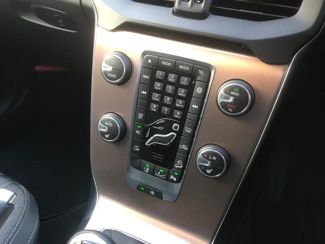 クロスカントリー T5 AWD モメンタム(13枚目)