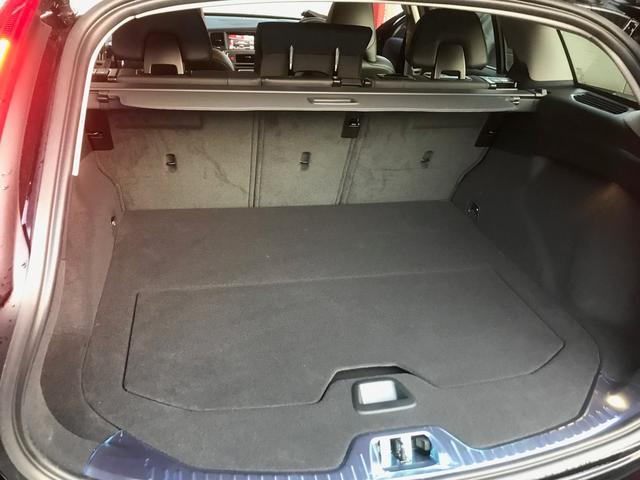 クロスカントリー T5 AWD モメンタム(18枚目)