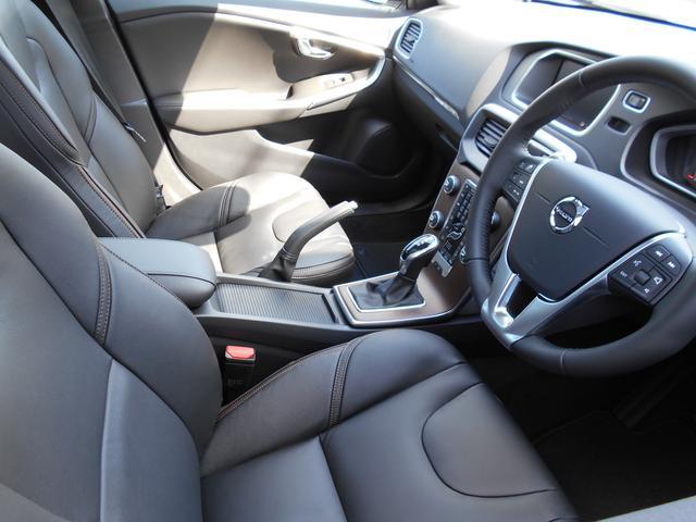 クロスカントリー T5 AWDクラシック 登録済未使用車(9枚目)