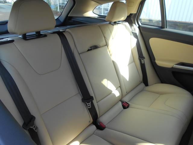 クロスカントリー T5 AWD SE 白革 フルセグナビ(15枚目)