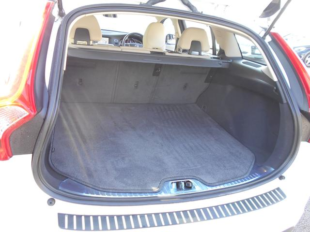 クロスカントリー T5 AWD SE 白革 フルセグナビ(18枚目)